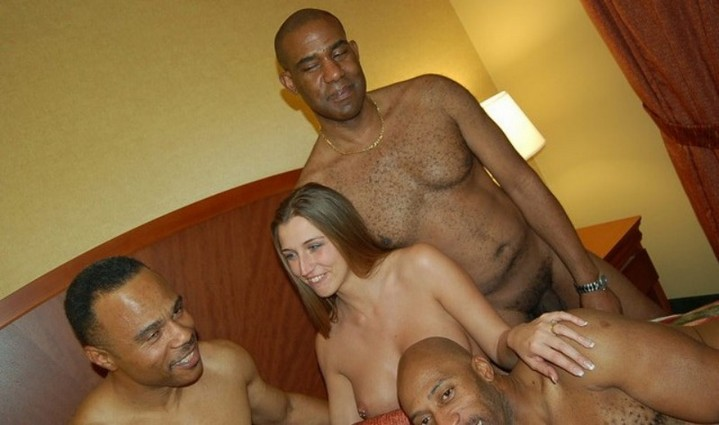 free interracial slut thumbs