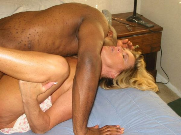 interracial hotwife creampie