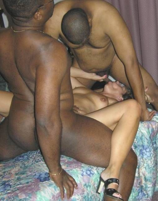 hot blacks girls fucking
